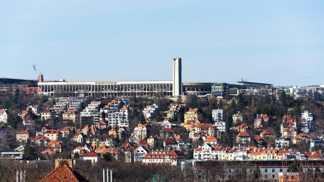 Vtribunách Strahovského stadionu mají být muzea věnovaná minulému století.
