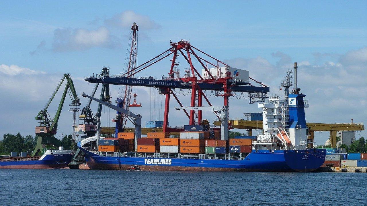 DB Schenker chce do čtyř let snížit emise CO2 v námořní dopravě o 23 procent ve srovnání se stavem v roce 2014.