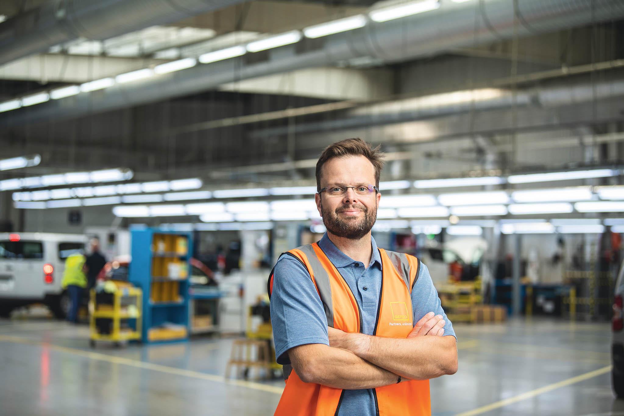 """""""Nejsme jen prodlouženou rukou výrobních závodů, část našeho provozu jsme pojali jako normální servis,"""" říká Miloš Mrázek."""