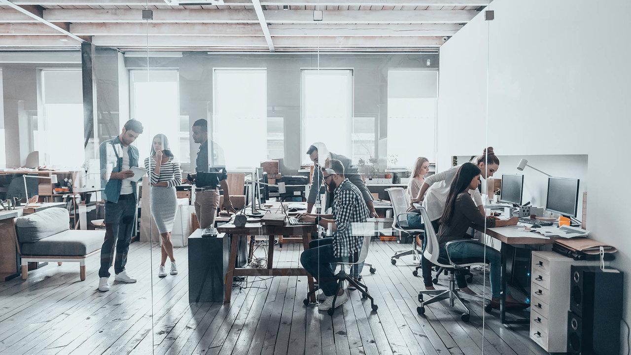 Dnes je vČesku téměř 113 tisíc metrů čtverečních flexibilních kanceláří.