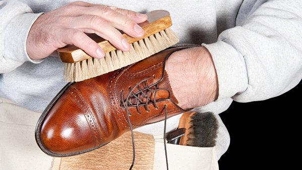 Kvalitní boty, o které navíc jejich majitel dobře pečuje, jsou základem šatníku.