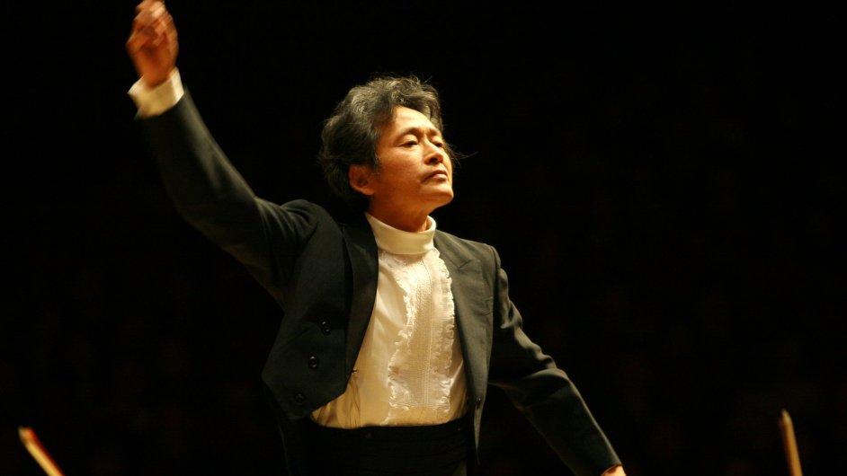 Japonský ansámbl v Praze vedl dirigent Kazuhiro Koizumi.
