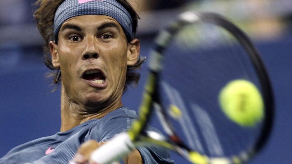 Rafael Nadal v zápase s Rogeriem Dutra Silvou