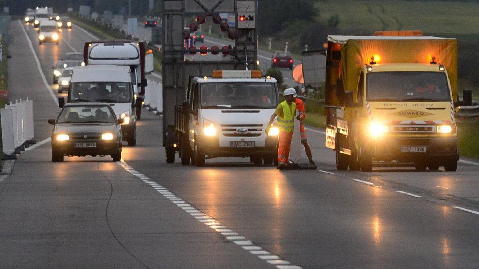 Vláda chce do chytrých systémů v dopravě investovat více než 17 miliard korun.
