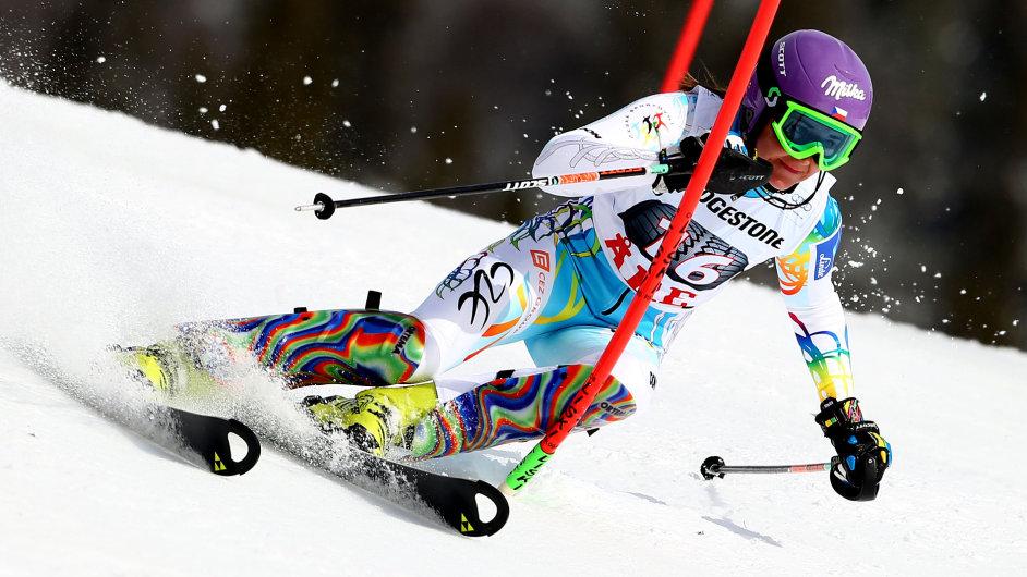 Šárka Strachová při slalomu v Aare