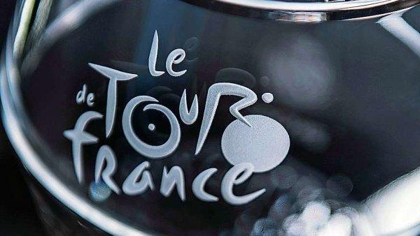 Trofej Tour de France z českého křišťálu