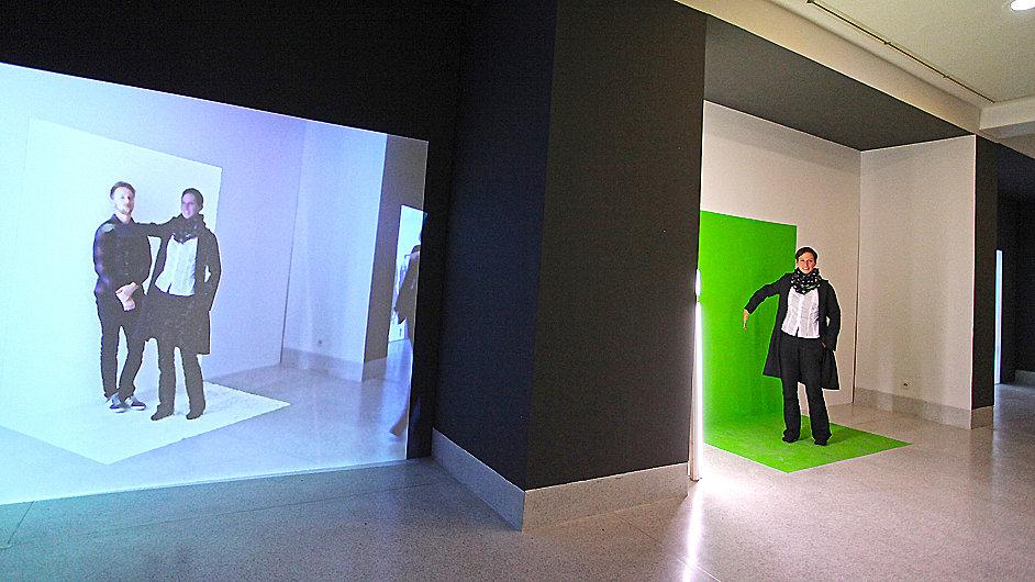 Snímek z projektu Richarda Loskota nazvaného Barva je to, co není.