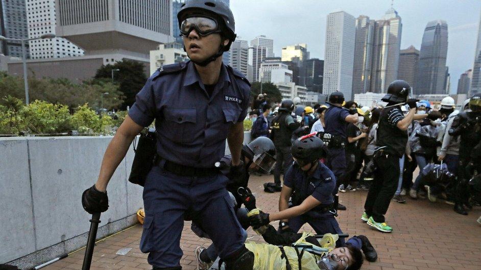 Hongkongská policie rozehnala demonstranty