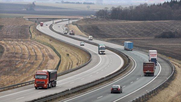 Ministerstvo dopravy doporučuje kvůli výskytu padělků pořizovat dálniční kupony pouze na oficiálních prodejních místech.