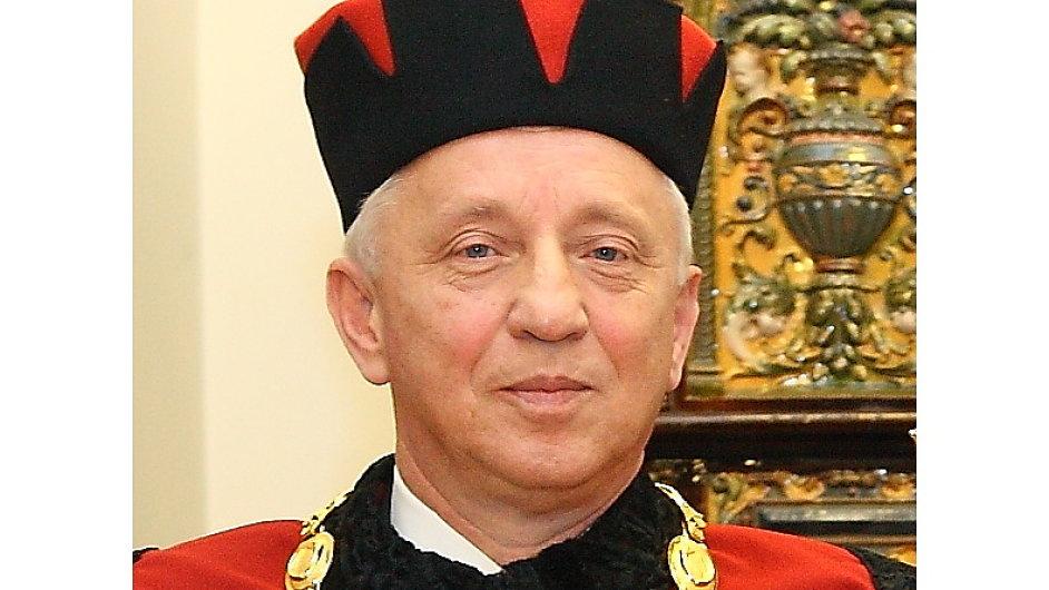 doc. Ing. Jindřich Ploch, CSc. Jindřich Ploch, rektor Vysoké školy obchodní v Praze (VŠO)