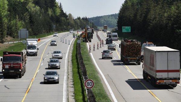 Ministr dopravy Dan Ťok navrhuje, aby se na určitých částech dálnic nemuselo platit.