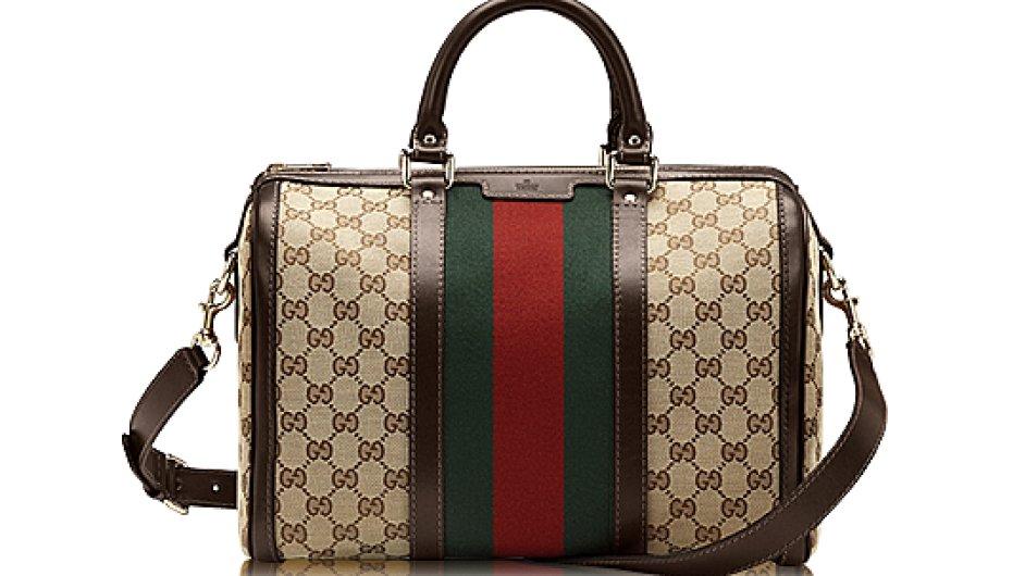 Napodobeniny luxusních kabelek Gucci byly na Alibabovi k mání za méně než 5 dolarů.