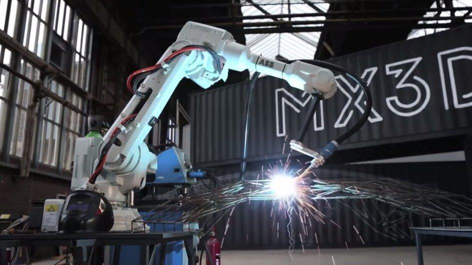 Tým techniků z Nizozemska vyvíjí proces 3D tisku velkých kovových konstrukcí