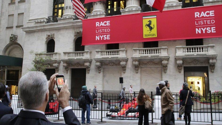 Ferrari vstoupilo na newyorskou burzu.