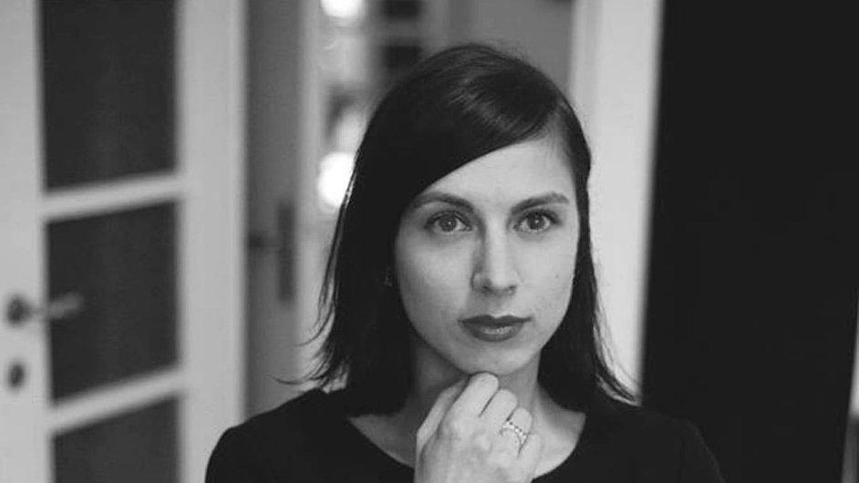 Básnířce Marii Iljašenko letos v nakladatelství Host vyšla debutová sbírka Osip míří na jih.