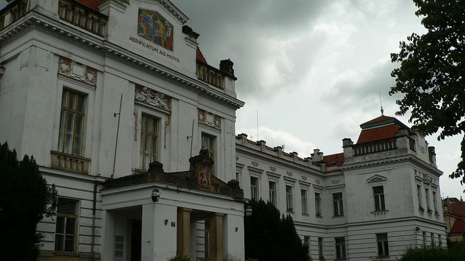 Administrativní budova Psychiatrické léčebny Bohnice.