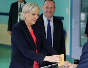 0507MAT037 FRANCE ELECTION 0507 11