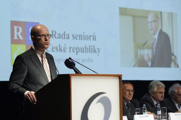 Premiér Bohuslav Sobotka vystoupil 12. května na sjezdu Rady seniorů ČR v Praze.