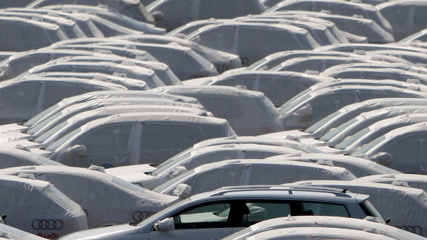 Německem otřásá další automobilový skandál. Pětice výrobců je podezřelá z tajných kartelových jednání