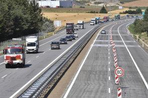 Řidiče na dálnici omezí pět opravovaných úseků.