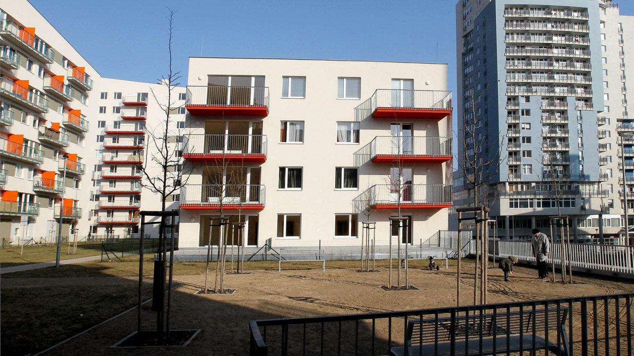 Průměrná cena zanové bydlení se poprvé přehoupla přes hranici 80 tisíc korun zametr čtvereční.