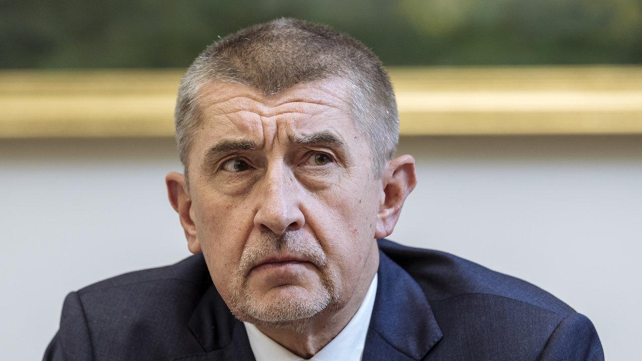 Andrej Babiš sestavuje kabinet už pět měsíců aprezident Miloš Zeman mu zatím nestanovil žádný limit.