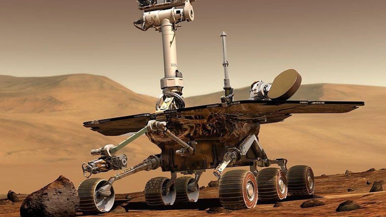NASA po 15 letech končí na Marsu misi s vozítkem Opportunity.