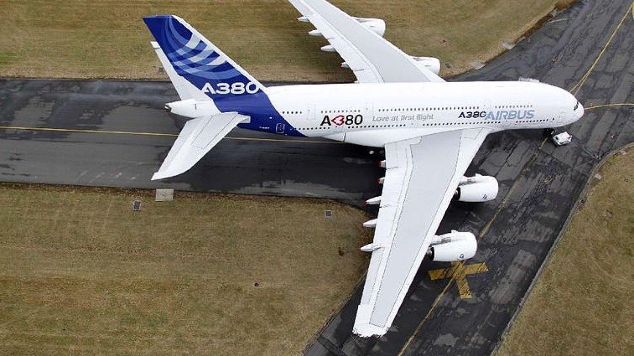 Výroba největšího letounu na světě bude ukončena, je příliš drahý.