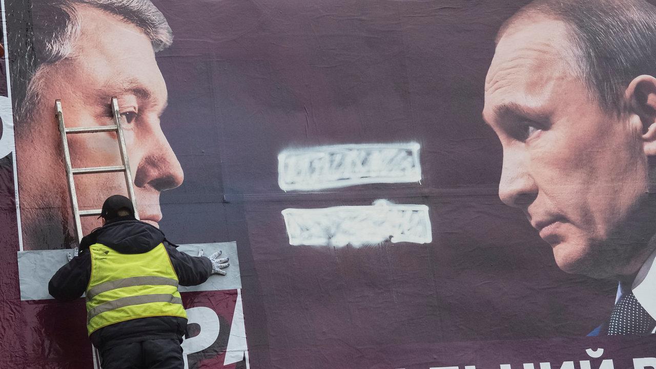 Porošenko, Putin, Ukrajina, volby, billboard
