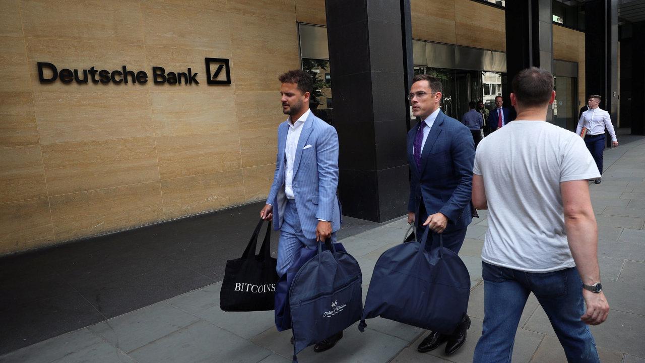Centrála Deutsche Bank v Londýně.