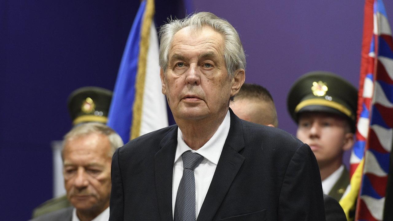 Prezident už dříve uvedl, že Řád bílého lva nejvyšší třídy letos u příležitosti vzniku Československa obdrží válečný veterán Emil Boček nebo bývalý prezident Václav Klaus.