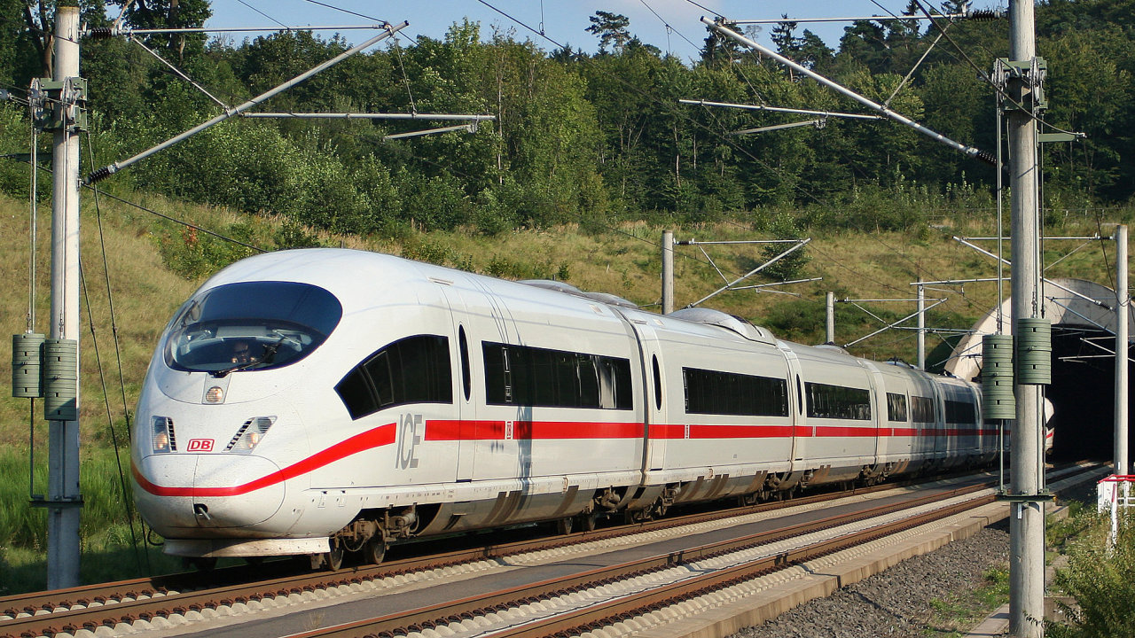 V Německu můžete využít i síťové jízdenky InterRail nebo jízdenky platné pro jednotlivé spolkové země.