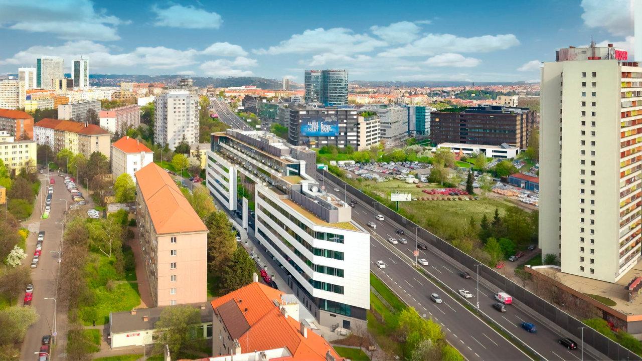 Investiční skupina Wood & Company koupila od developera Karimpol International kancelářskou budovu The Greenline vPraze 4. Nemovitost nabízí celkem 15 500 metrů čtverečních pronajímatelné plochy.