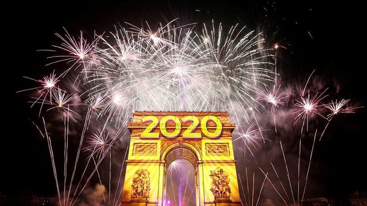 Velkolepé vítání roku 2020. Sledujte nejkrásnější ohňostroje světa