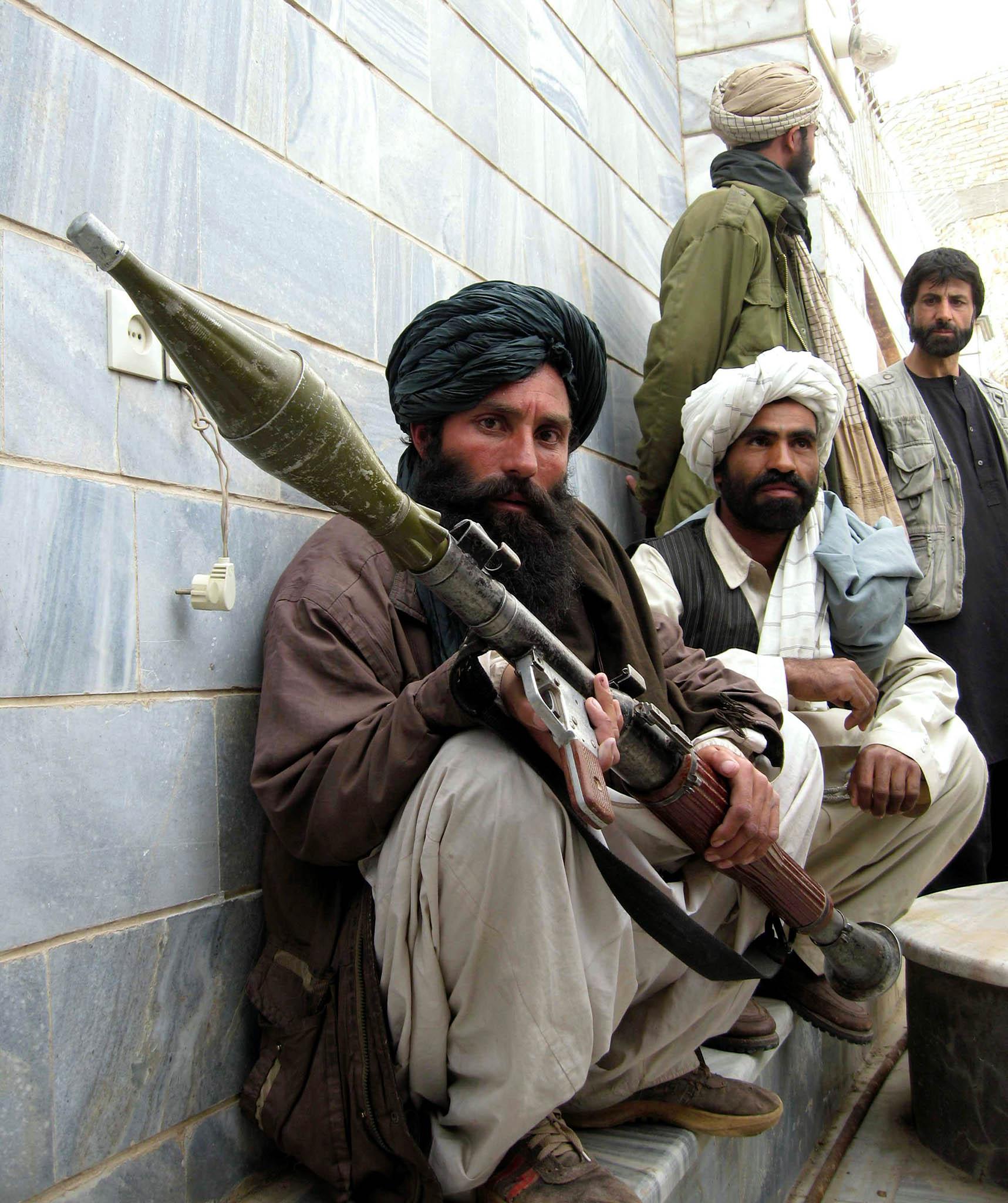 Nevzdali to. Bojovníci Tálibánu se považují zaspasitele Afghánistánu, porážka odUSA je nezlomila.