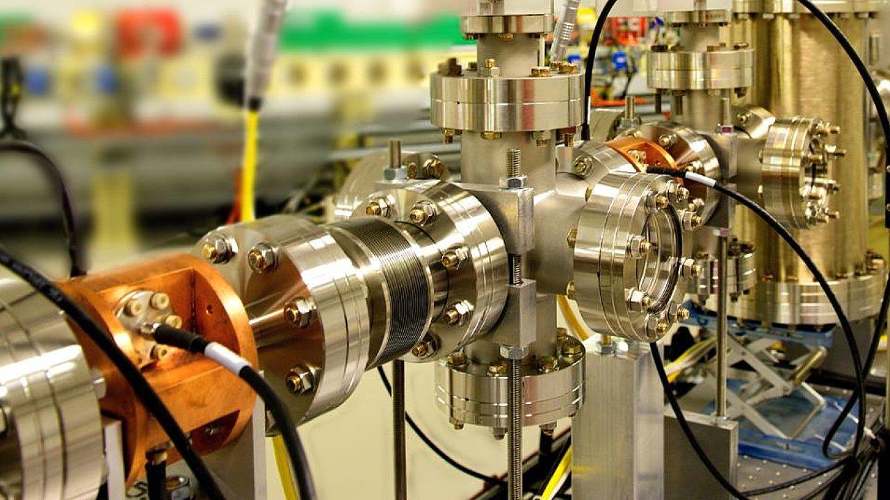 Instrumentation Technologies. Slovinská firma se zabývá diagnostikou a sběrem dat používaných v urychlovačích částic.