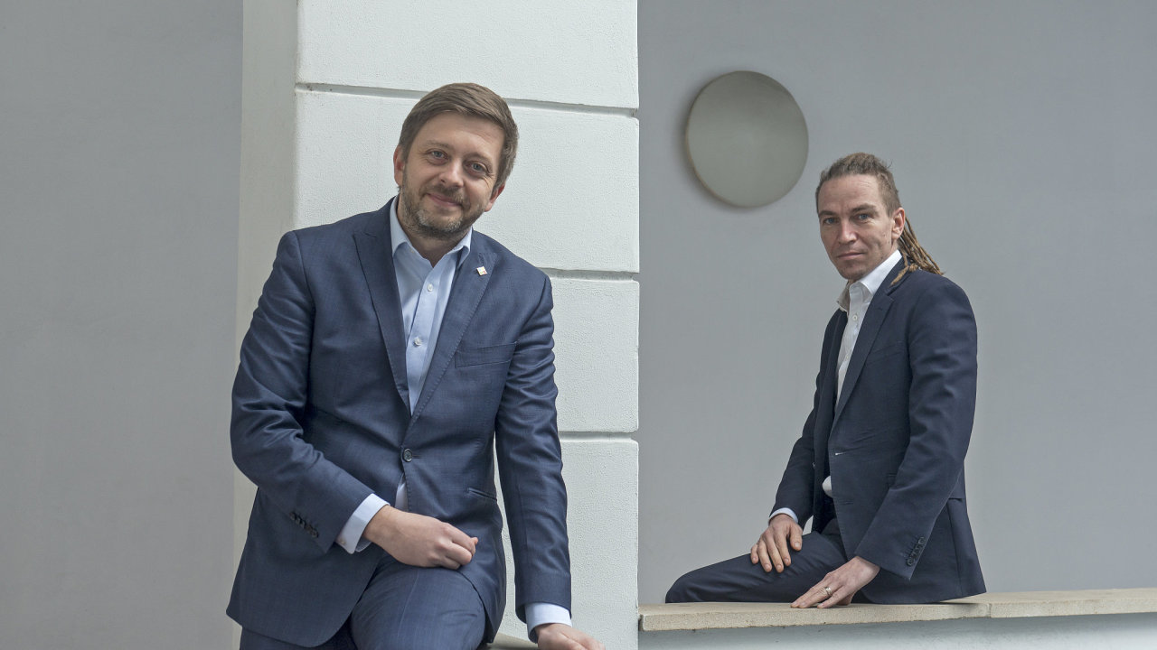Vít Rakušan, předseda STAN, a Ivan Bartoš, předseda Pirátské strany.