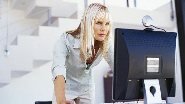 Plánování podnikových zdrojů se bez počítače neobejde - ilustrační foto.