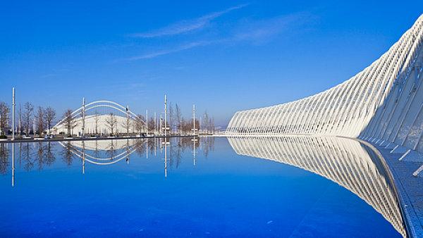 Olympijský Velodrom v Aténách Stadion od španělského architekta Santiaga Calavatry po olympiádě nemá stálé využití.