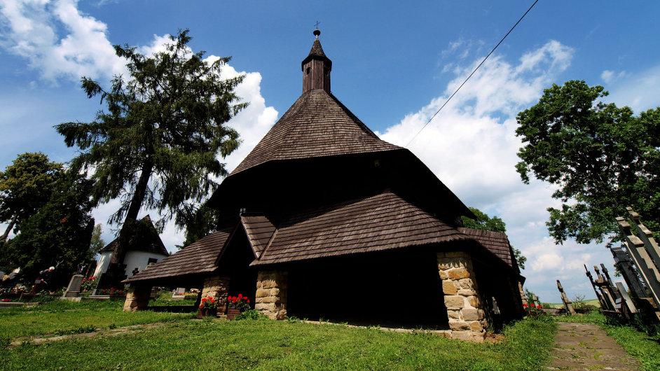 Ivan Marko prošel všechny slovenské dřevěné chrámy s fotoaparátem, zaměřil jejich GPS souřadnice a vypracoval podrobného internetového průvodce.
