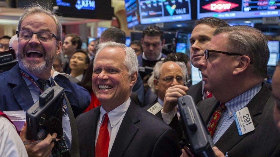 Wall Street - Ceny akcií vystoupaly na nové rekordy.