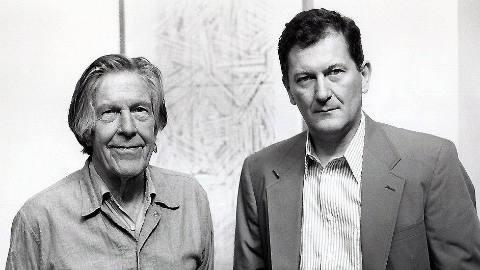 Petr Kotík (vpravo) se skladatelem Johnem Cagem v srpnu 1992.