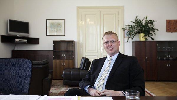Místopředseda vlády pro vědu, výzkum a inovace Pavel Bělobrádek se snaží spor s vědci urovnat.