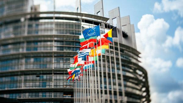 Zam�stnanost v EU se ve �tvrtlet� op�t zv�ila, ale pomaleji - Ilustra�n� foto.