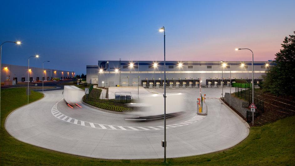 Park P3 Prague D8 je jedním z hlavních center evropské distribuční sítě společnosti VF Corporation.