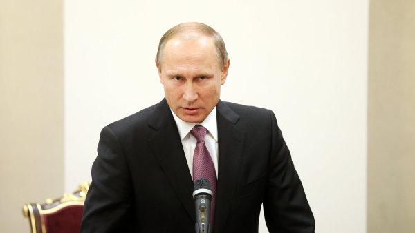 Vladimir Putin odsoudil sestřelení ruského letounu.