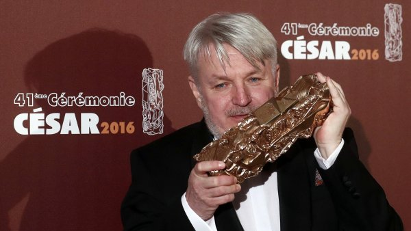 Filmový architekt Martin Kurel v pátek večer obdržel cenu César.