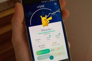 Populární Pokémon Go oficiálně dorazil do Česka. Hra však kvůli přetížení serverů přestala fungovat