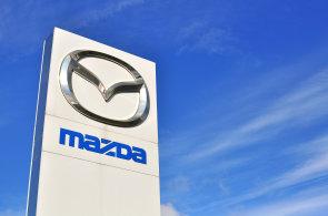 Toyota získá podíl v Mazdě. V USA společně postaví továrnu na SUV a budou spolupracovat na vývoji elektromobilů