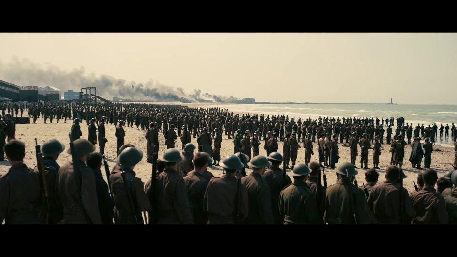 V červenci 2017 tuzemská kina uvedou Dunkirk, nejnovější snímek slavného režiséra Christophera Nolana.